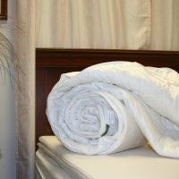 Wool mattress pad with Organic Cotton covering